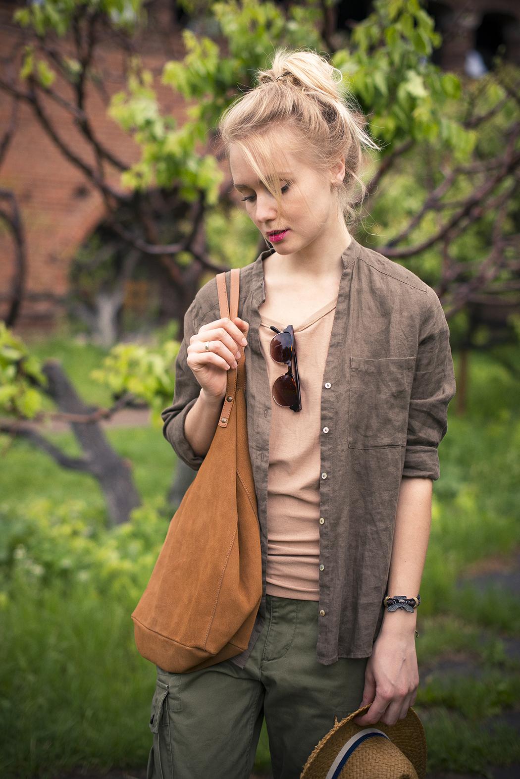 inspiration, streetstyle, spring outfit, moscow fashion week, annamidday, top fashion blogger, top russian fashion blogger, фэшн блогер, русский блогер, известный блогер, топовый блогер, russian bloger, top russian blogger, streetfashion, russian fashion blogger, blogger, fashion, style, fashionista, модный блогер, российский блогер, ТОП блогер, ootd, lookoftheday, look, популярный блогер, российский модный блогер, russian girl, с чем носить гладиаторы, с чем носить слипоны, sleepons, plimsols, как одеться весной, модные весенние аксессуары, pastel heels, boyfriend jeans, тенденции обувь 2015, модная обувь 2015, что будет модно летом 2015, обувь 2015, boho style, 70's style, boyfriend jeans, H&M Studio 2015, stefanel summer 2015, aldo, aldo ss 2015, стиль хиппи, с чем носить мокасины, французский стиль, festival style, dress with boots, платье с ботинками, сумка с бахромой, одежда с бахромой, fringe, с чем носить макси платье, fringe heels, fringe bag, обувные тренды 2015, модная обувь 2015, с чем носить красные босоножки, trainers with dress