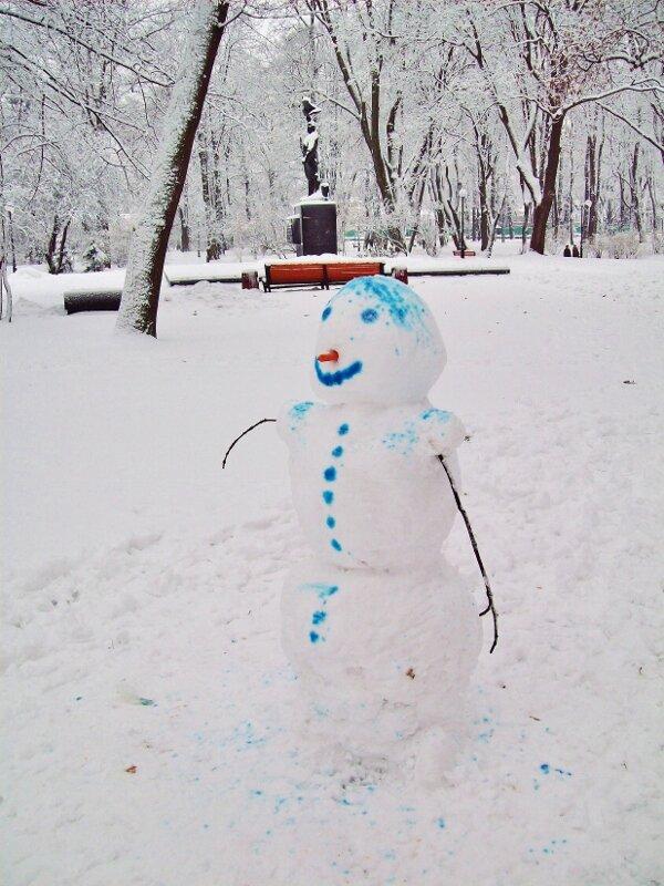 Снежная баба в Мариинском парке