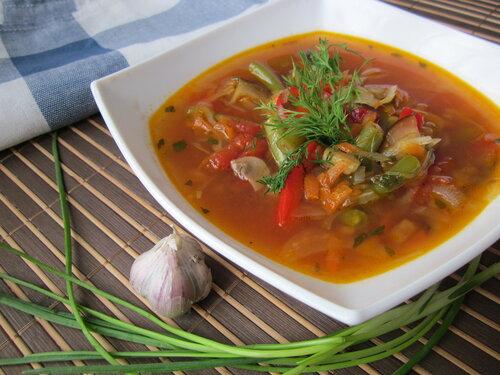Грибной суп со стручковой фасолью и баклажанами