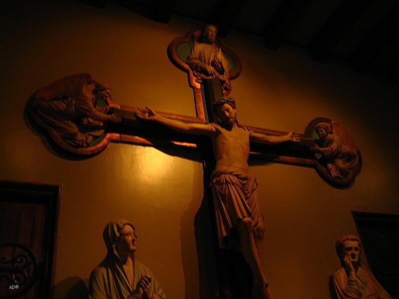 Распятие. Неизвестный мастер XIII века. Церковь замка Вексельбург, Германия