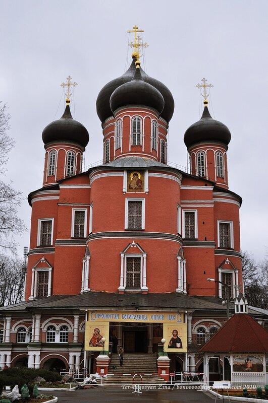 москва донской монастырь большой собор фото