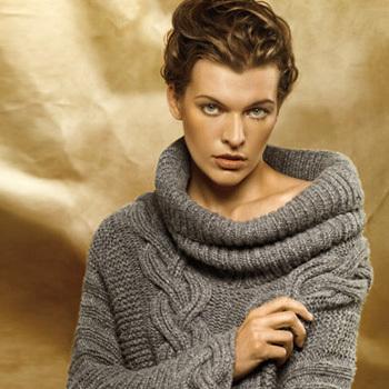 Вязанные свитера из плотной шерсти служили.