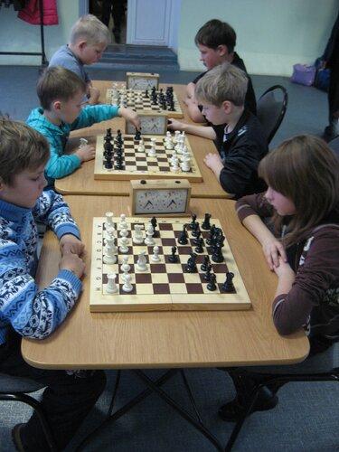 Шахматный турнир посвященный памяти В.В.Сагалатова в детской возрастной группе началсяIMG_6529.JPG