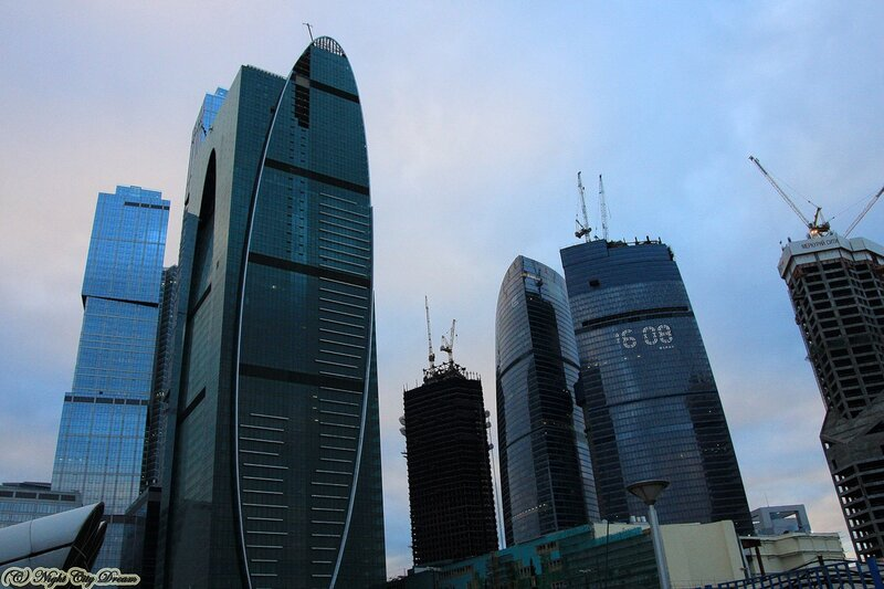http://img-fotki.yandex.ru/get/5501/night-city-dream.7e/0_3e0cc_f6c368c8_XL.jpg
