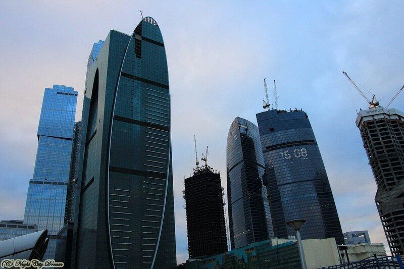 http://img-fotki.yandex.ru/get/5501/night-city-dream.7e/0_3e0cc_f6c368c8_XL.jpg