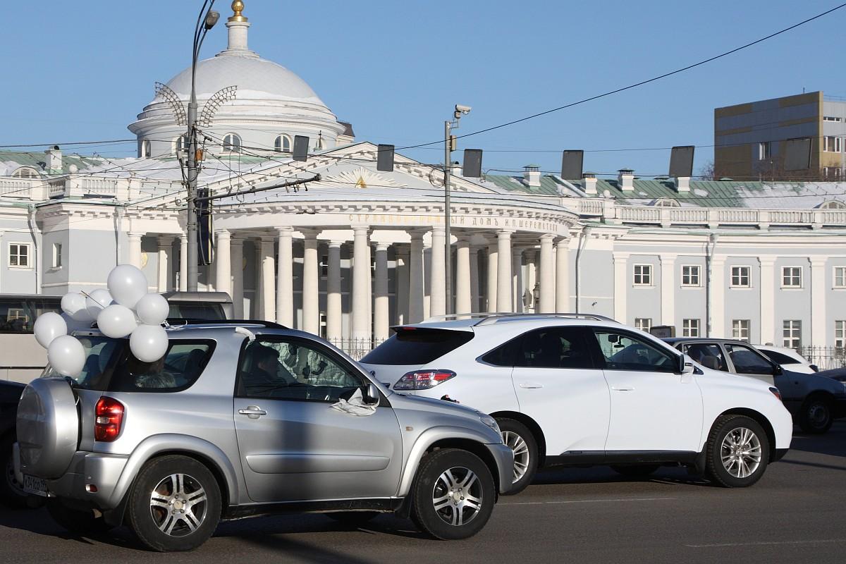 Автопробег «Белое кольцо» в Москве