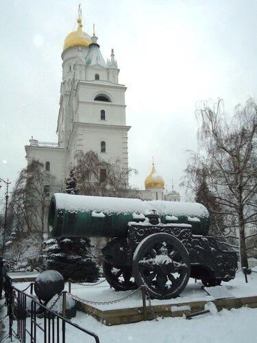 г Москва. Царь-пушка