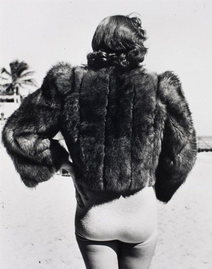 Alfred Eisenstaedt, A New York vacationer in Miami Beach, 1940