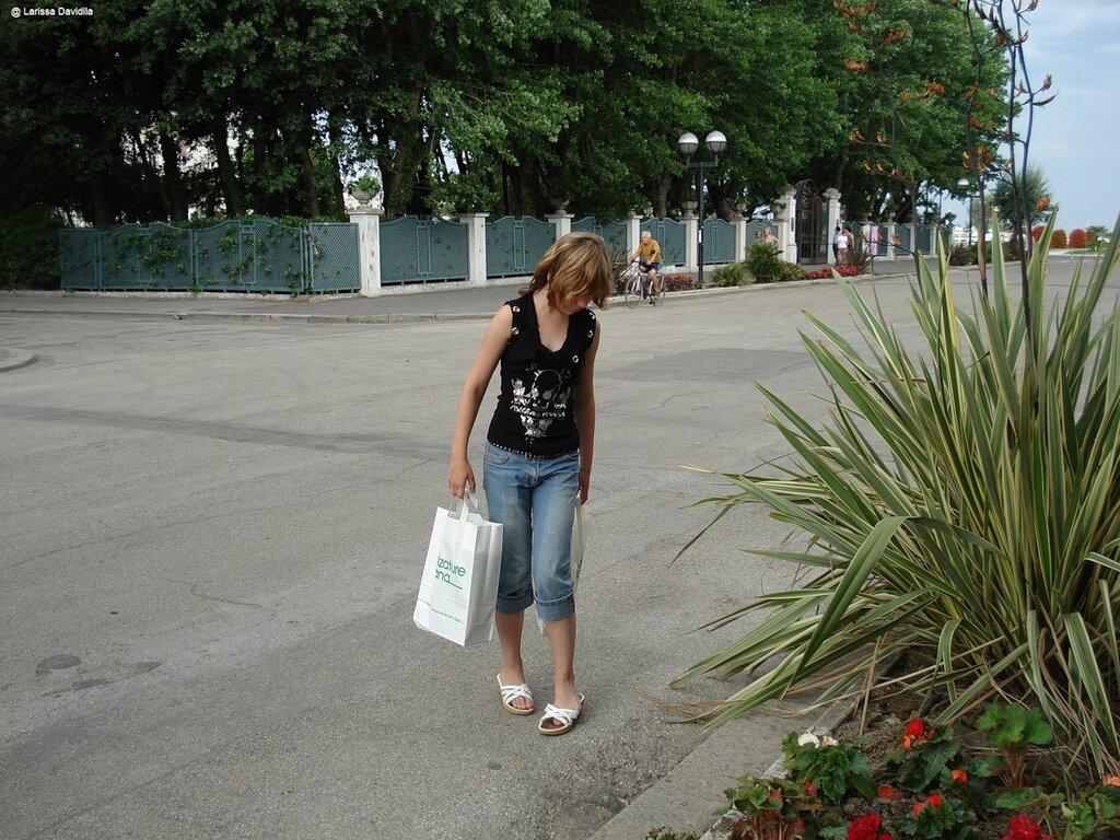 Italia-Rimini-2007 После шопинга.