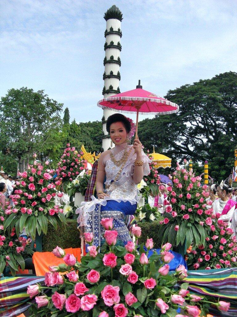Фестиваль цветов в Тайланде! 0_6d95f_3d7cd6a6_XXL