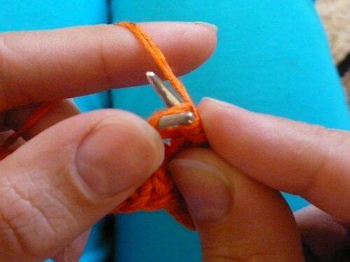 0 4544d 7fc7e213 L Уроки вязания спицами. Как связать шишечки спицами.