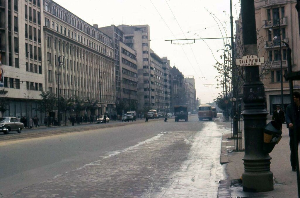 1964 Warsaw by Irving Snider6.jpg