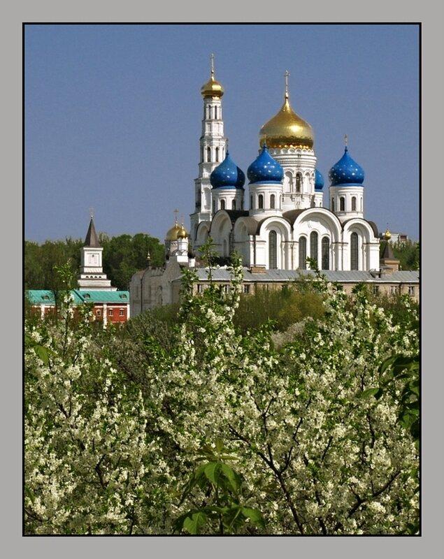 http://img-fotki.yandex.ru/get/5503/140132613.17/0_75734_27626407_XL.jpg
