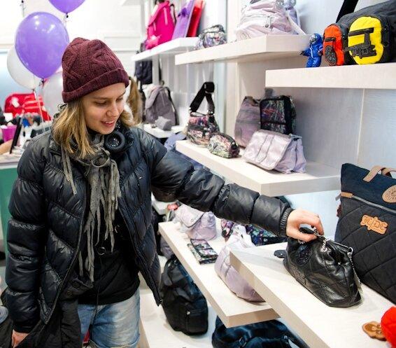 Kipling открыл в Москве обновлённый бутик в ТЦ Европейский