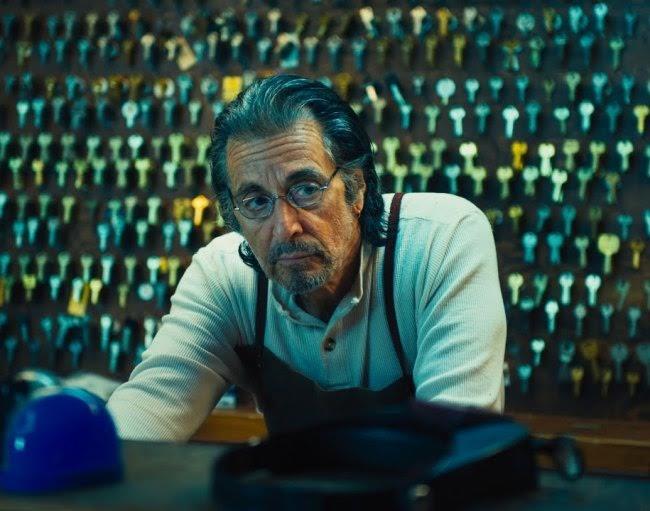 Аль Пачино тоже думать нехочет опенсии. Фильмы, вкоторых онпоявится в2015году,— это «Втени м