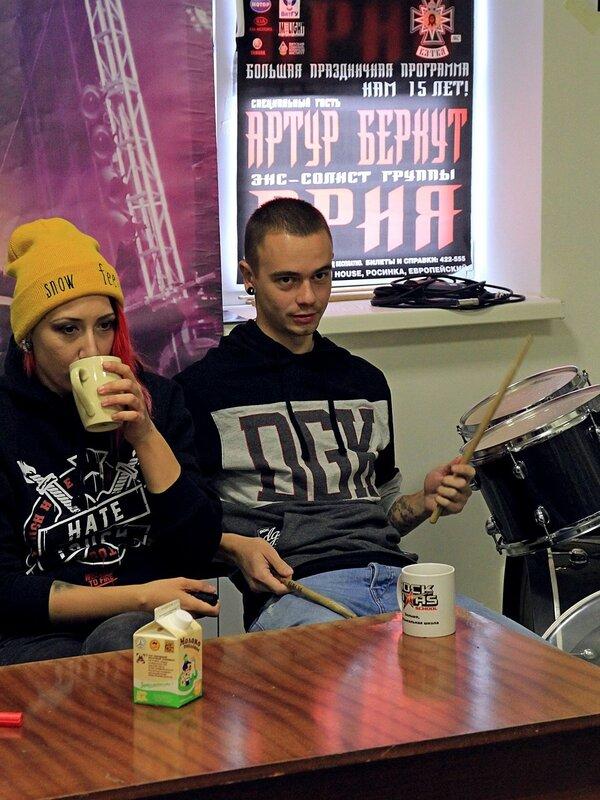 Louna в школе рока Rock Stars School в Кирове: Леонид Кинзбурский