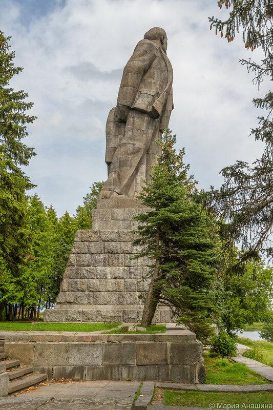 Памятник Ленину, Дубна