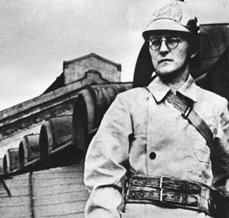 Д. Шостакович на защите блокадного города. 1941. Фото Р. Мазалева.