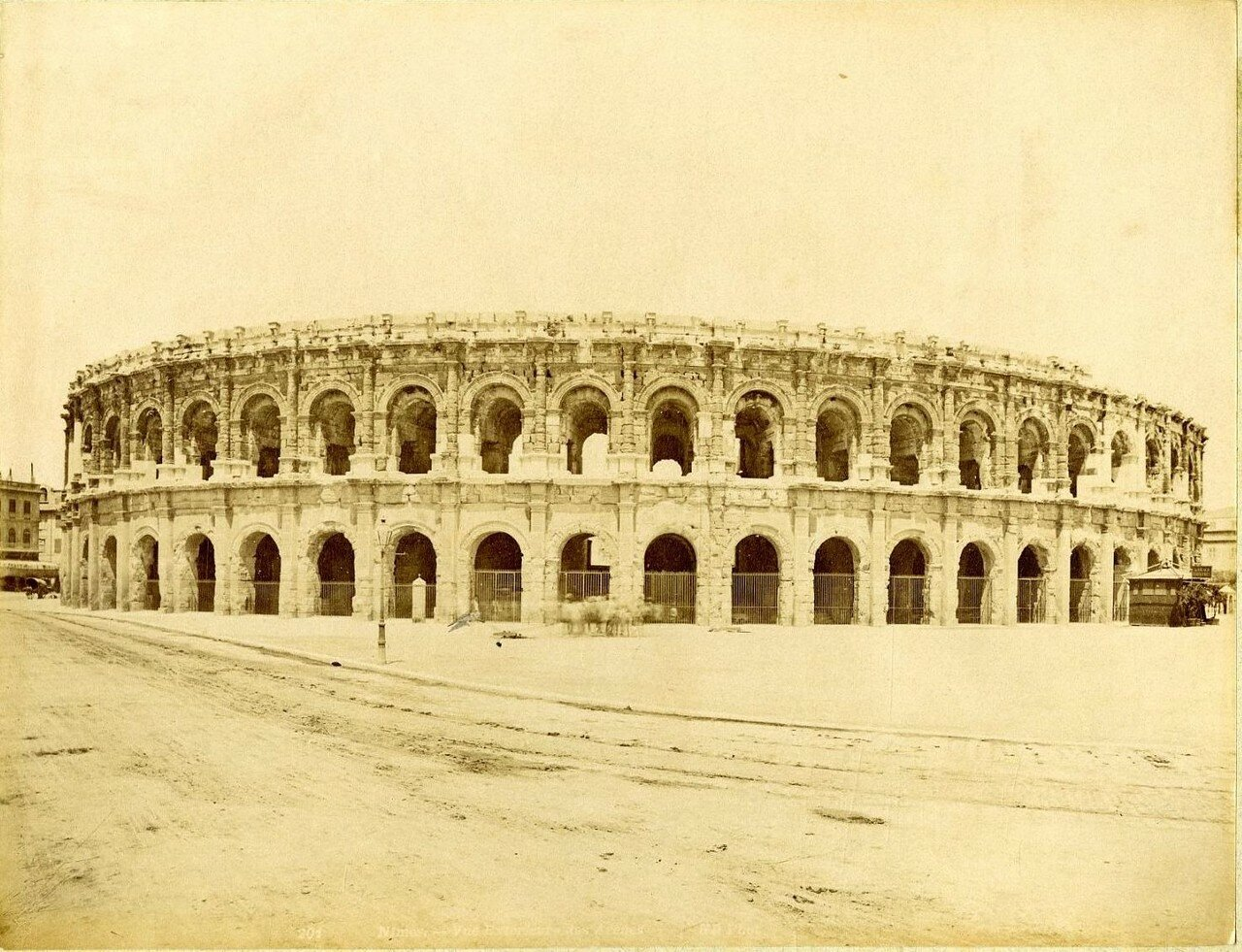 Амфитеатр. Внешний вид. 1875