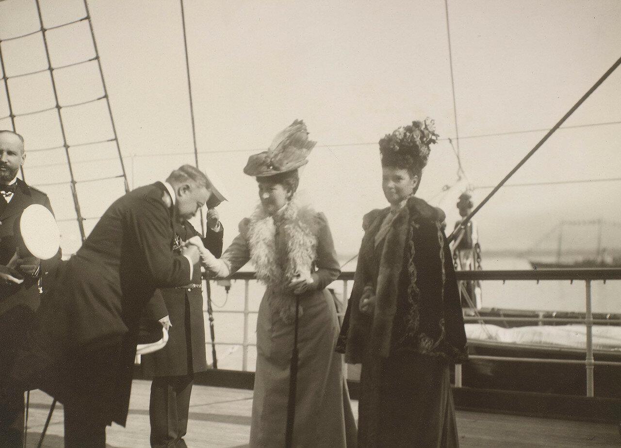 20. Королева Александра и вдовствующая императрица Мария Федоровна