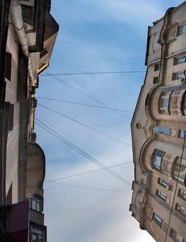 Спина неба в корсете города
