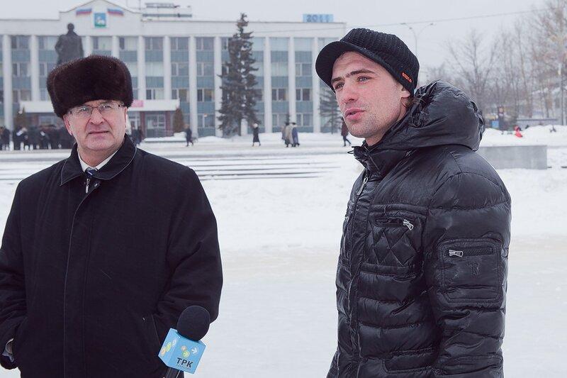 Как рассказал «главный в Одинцовской мэрии по спорту» Алексей Воропаев, идея организовать на пруду каток получилась удачная