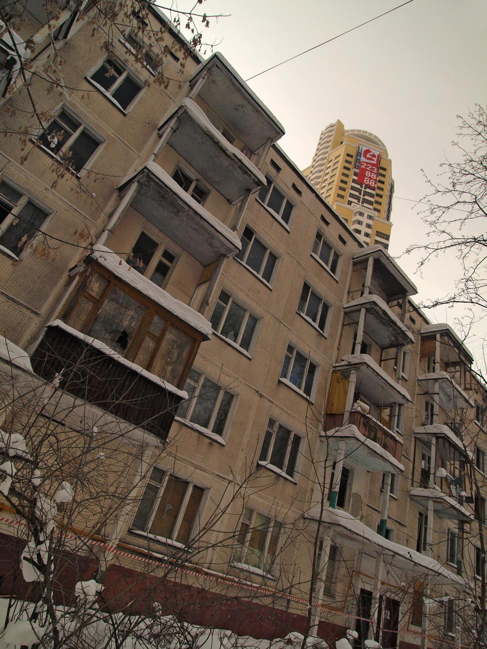 http://img-fotki.yandex.ru/get/5503/parktower99911.35/0_41f07_a15ddc7b_orig