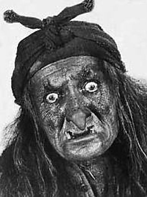 Баба Яга-Костяная Нога. Георгий Милляр (1903-1993)http://veniamin1.livejournal.com/profile
