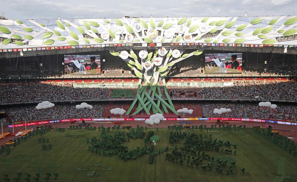 Красивые фотографии открытия XV чемпионата легкой атлетики в Пекине 0 13ff4f 1864504 orig