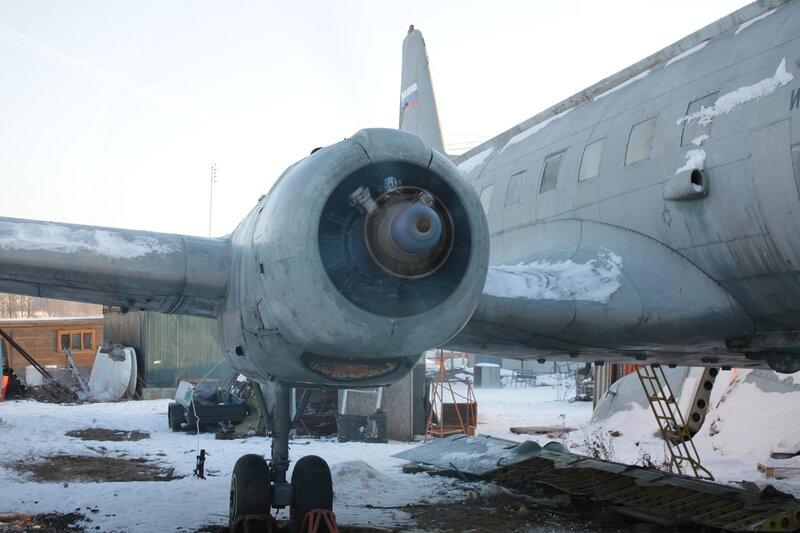 Первый запуск правого двигателя Ил-14Т в Тушино