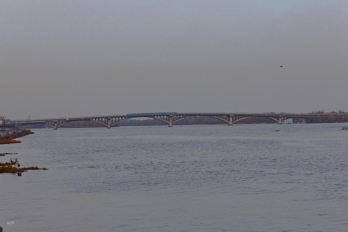 Мост имени Е. О. Патона