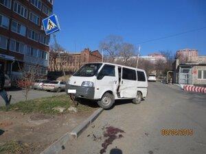 Во Владивостоке пьяный мужчина разбил несколько автомобилей и насмерть сбил пенсионера: возбуждено уголовное дело