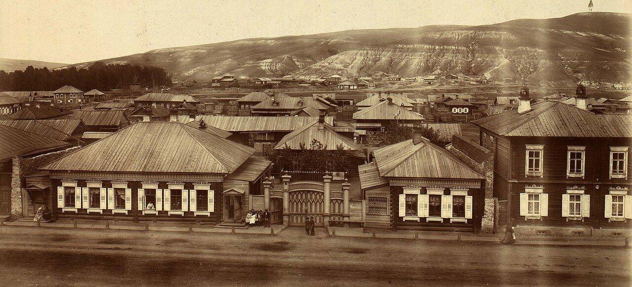 Перспектива панорамы Красноярска начиная улицей Малой -Качинской в направлении на север до сопки Кум-Тигей. 1900-е