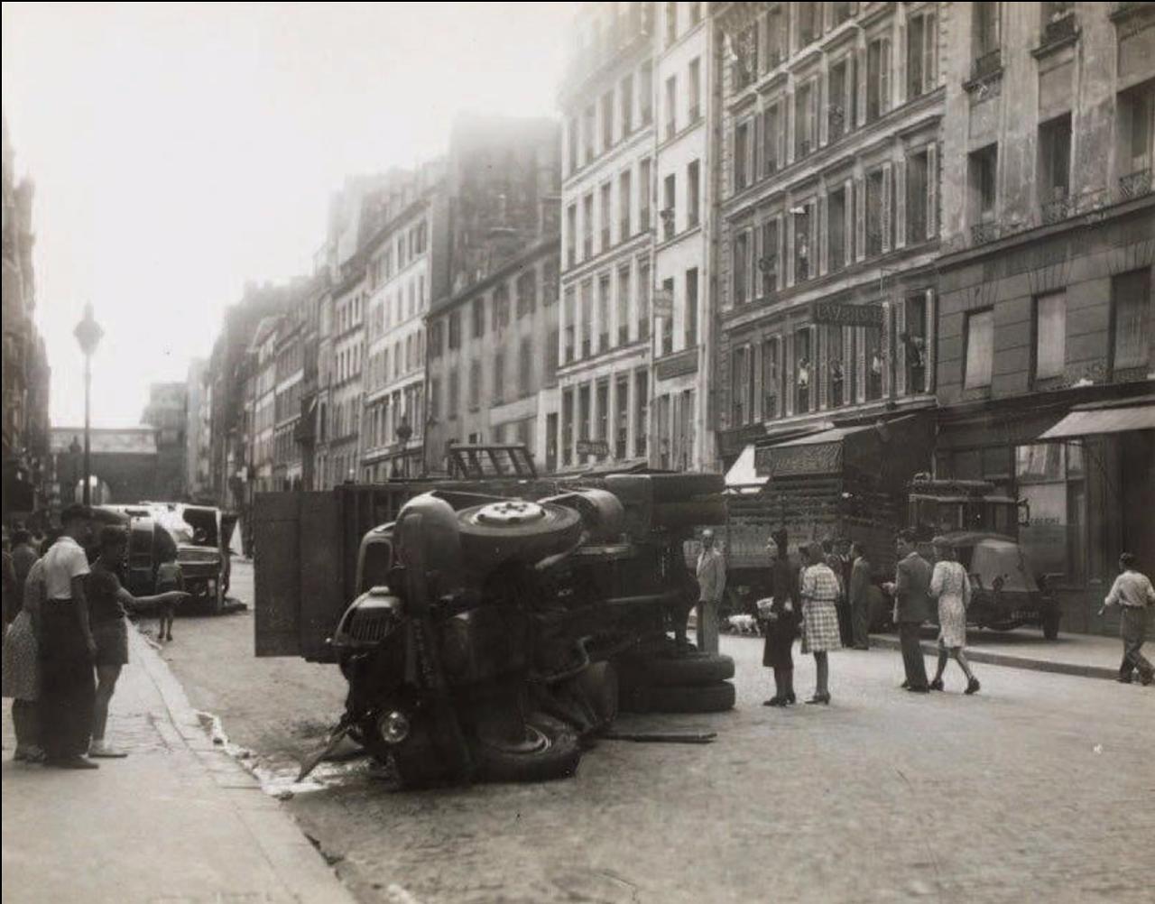 1944. Освобождение Парижа, 10 округ