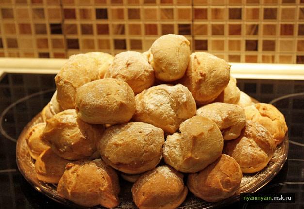 Заварные булочки со сгущенкой