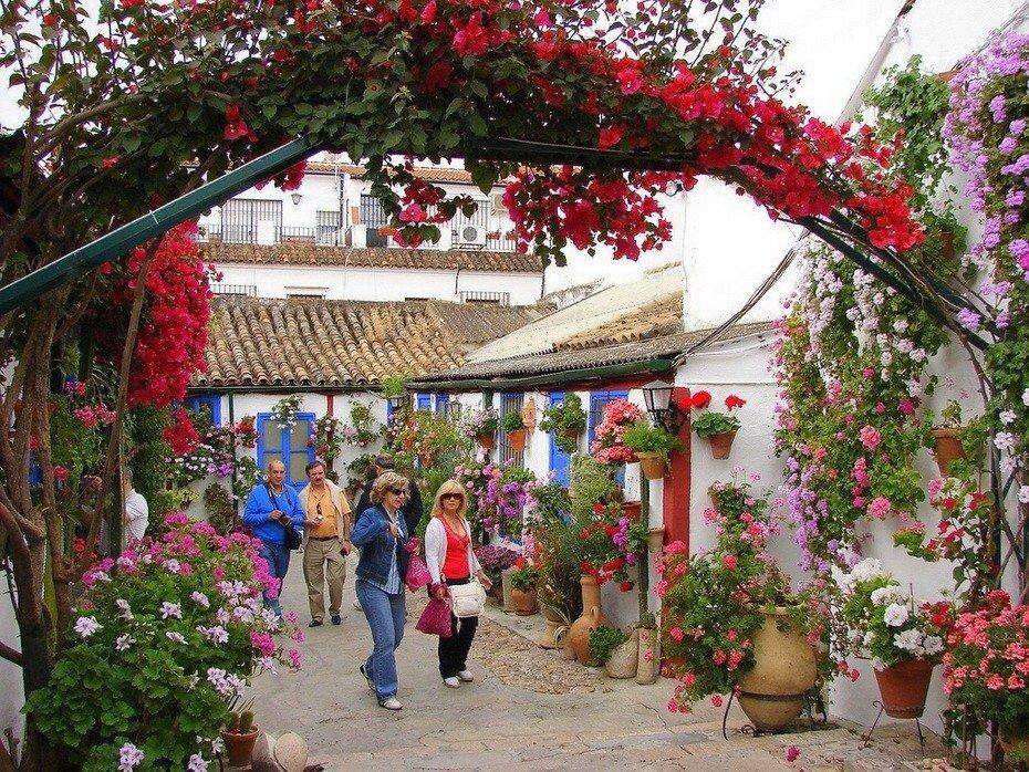 Фестиваль патио в Кордобе с 5 по 15 мая. Испания.