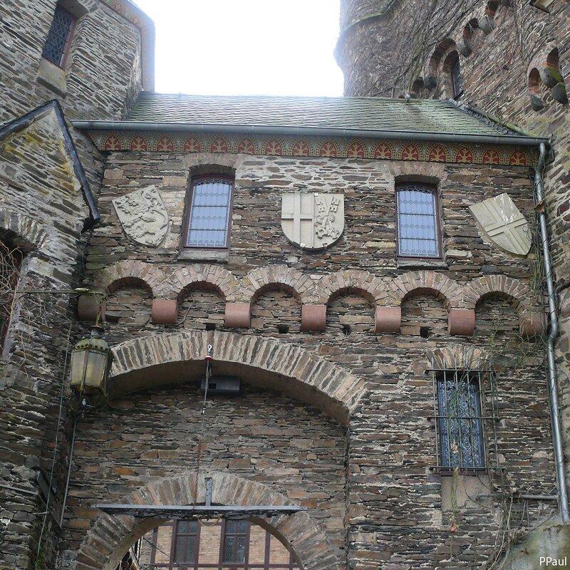 Замок Кохем