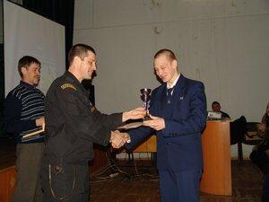 В Приморье сотрудники милиции наградили школьников