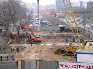 Продолжается реконструкция моста на Второй Речке во Владивостоке