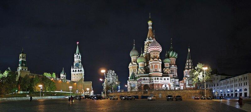 Кремль и храм Василия Блаженного.