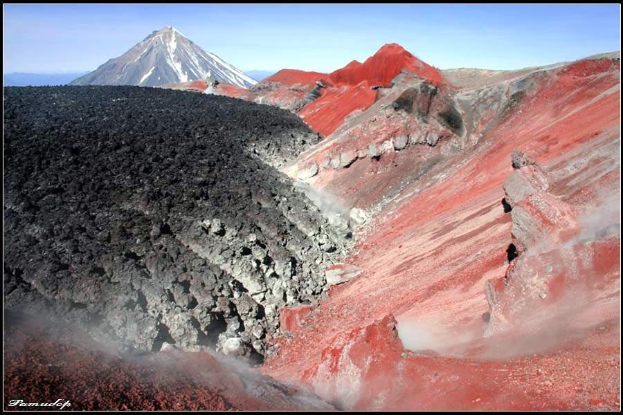 Авачинская бухта, Авачинский вулкан, Корякская сопка