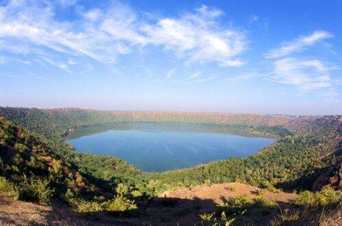 10 метеоритных кратеров на Земле, которые можно посетить