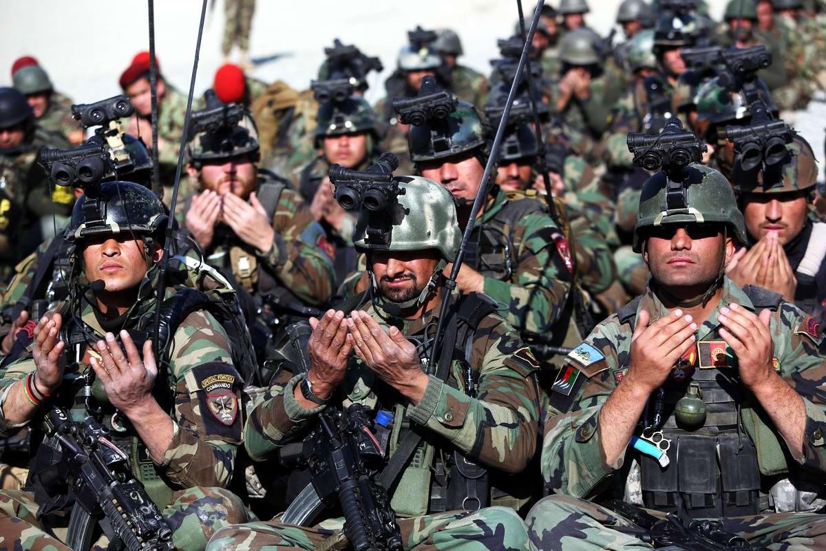 Намаз в афганском спецназе