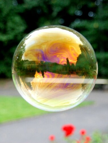 Радуга из мыльных пузырей - красивые фото