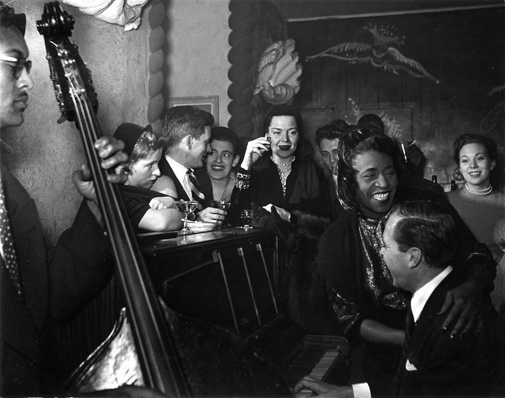 1949. Кафе на площади Сен-Жермен-де-Пре