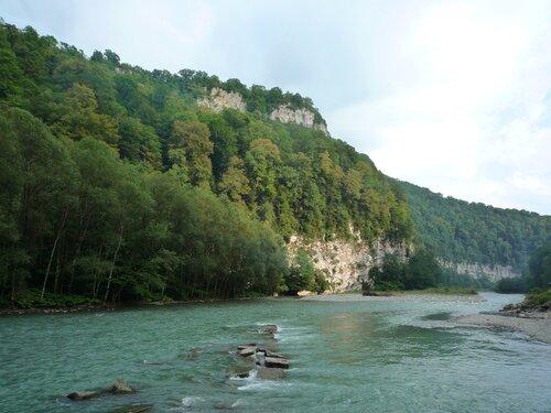 Река Мзымта в окрестностях Сочи