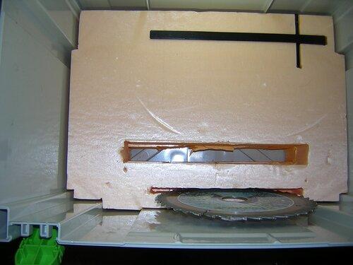 Самодельный вкладыш под циркульную пилу Makita 5704R в систейнер