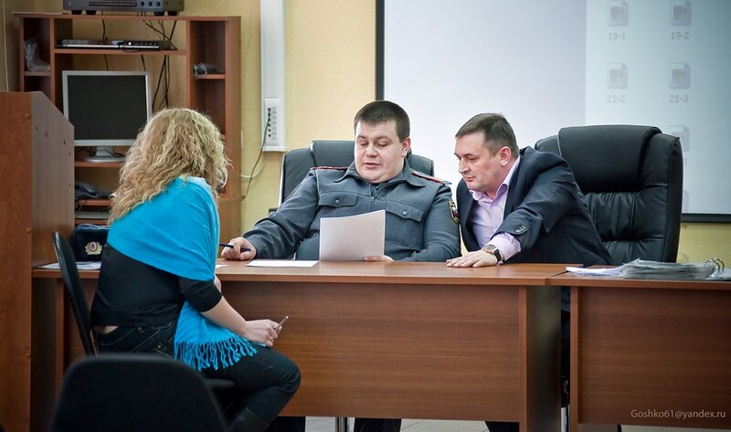 В пятницу 4 марта 2011 в Больших Вяземах под Одинцово на территории ОГИБДД УВД по Одинцовскому району прошёл ПЕРВЫЙ конкурс «АВТОЛЕДИ-2011»