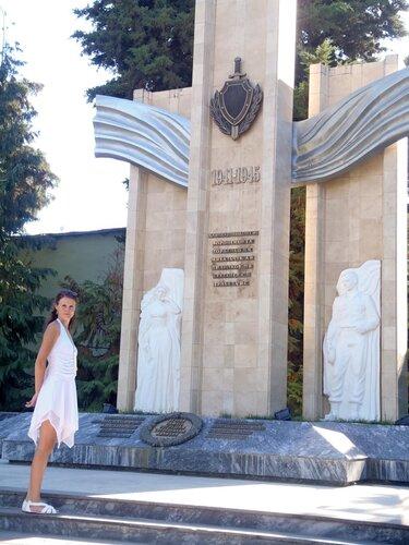 Памятник погибшим в годы войны сотрудникам милиции