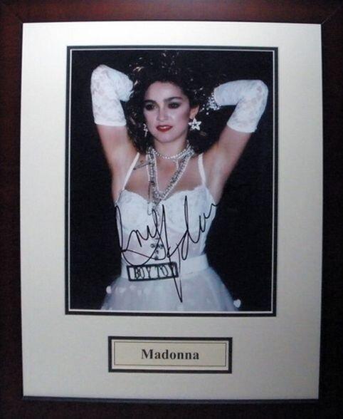 Мадонна (Madonna).jpg
